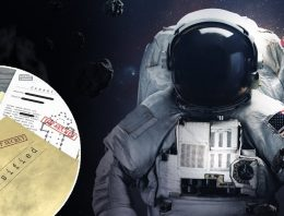 Linda Moulton Howe More on the Secret Astronaut, Classified Missions