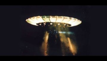The 1989 Nashville UFO photos provided by Commander Graham Bethune of the US Navy